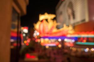 calles y luces de la ciudad de las vegas efecto desenfocado bokeh foto