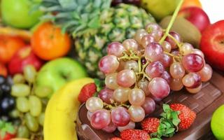Mezcla de frutas vegetarianas de alimentos orgánicos. foto