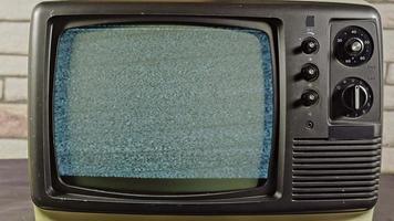 vieille télé pas de signal bruit blanc caméra zoom avant video