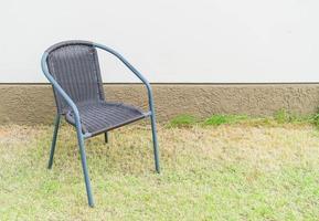 silla con pared vacía para espacio de copia foto