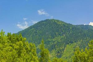 paisaje de montaña en carintia, austria foto
