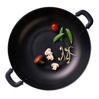especias de cocina para comida en una sartén foto
