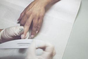 decoración y mantenimiento de uñas foto