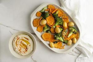 deliciosa comida vegana alta en proteínas foto