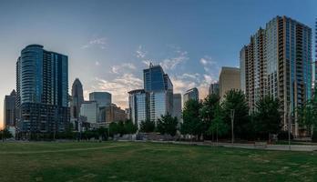 Charlotte, carolina del norte, horizonte de romare bearden park foto