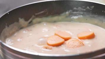 Homemade mushroom carbonara sauce. video