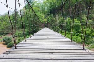 el puente de madera foto