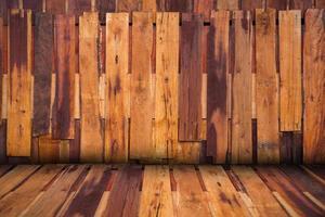 Fondo interior de pared de panel de madera irregular, diseño de perspectiva. foto