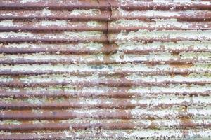 Cerca de hierro galvanizado oxidado y viejo foto