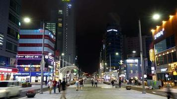 time lapse haeundae street dans la ville de busan, corée du sud video