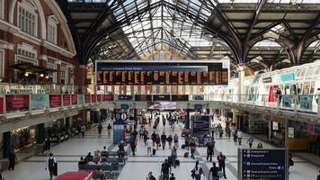 Liverpool Street Station i London video