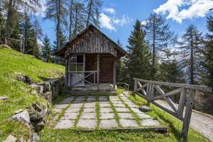 2021 05 15 cabaña de madera valle di cadore foto