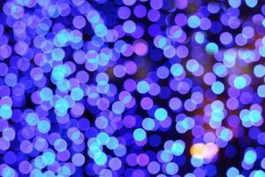 Aqua azul abstracto de desenfoque y resplandor bokeh colorido interior foto