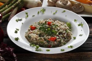 plato de comida risotto foto
