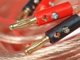enchufes de cable de audio foto
