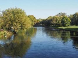 río avon en stratford upon avon foto