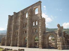 teatro romano aosta foto