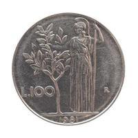 Moneda lira italiana aislado sobre blanco foto