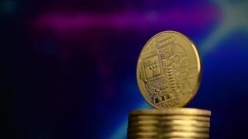 bitcoin en rotation avec fond futuriste video