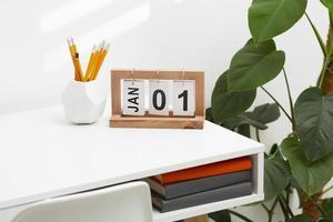 Goal setting concept with calendar photo