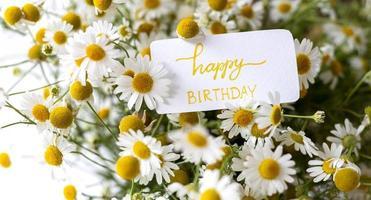 el ramo de flores de feliz cumpleaños foto