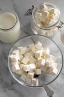 yogur de queso delicioso de alto ángulo foto
