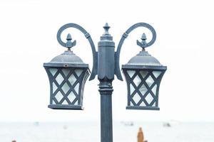 camino de la calle o poste de luz foto