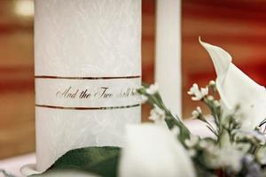 Wedding Candles and Decor photo