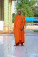 monjes en tailandia foto