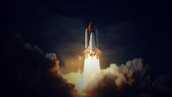 elementos del transbordador espacial de esta imagen proporcionada por la nasa video