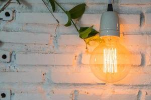 hermosa decoración de la lámpara de luz que brilla intensamente foto