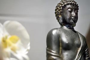 lejano oriente religión símbolo buda escultura foto