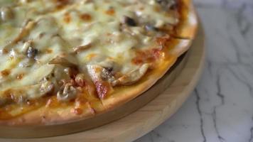Mushroom Pizza - Vegan and Vegetarian Food Style video