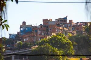 casas en la colina de la manguera en rio de janeiro. foto