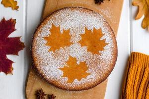 hermoso pastel de calabaza dulce fresco foto