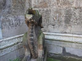 Gárgola gótica wasserspeier en Aquisgrán foto