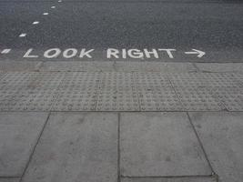 Look right sign photo