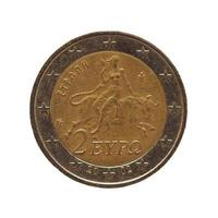 Moneda de 2 euros, unión europea aislado sobre blanco foto