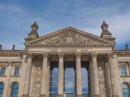 reichstag en berlín foto
