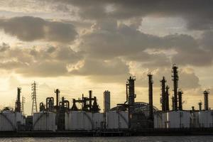la luz del día exterior de la industria de la contaminación ambiental foto
