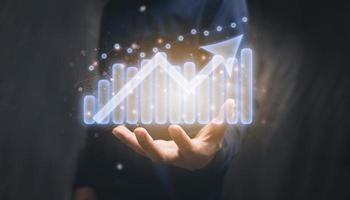 Mostrar gráfico inversión jugar acciones ilustración crecimiento empresarial foto