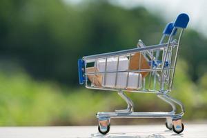 carro de compras y concepto de entrega foto