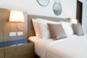 Resumen borroso hermoso dormitorio de hotel de lujo foto