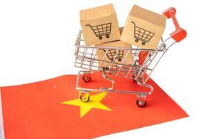 Box with shopping cart logo and China flag, photo