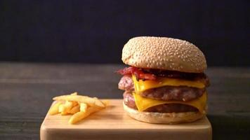 Pork Burger with Bacon and Cheese video