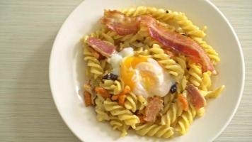 Carbonara Fusilli Pasta with Bacon video