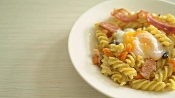 Carbonara Fusilli Pasta video