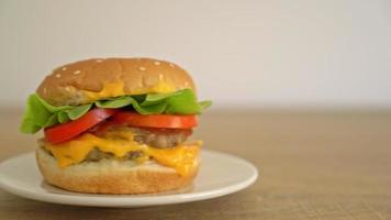 Pork Burger with Cheese video