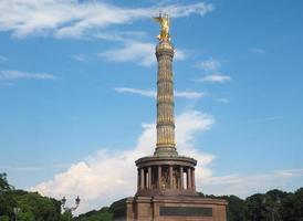 estatua del ángel en berlín foto