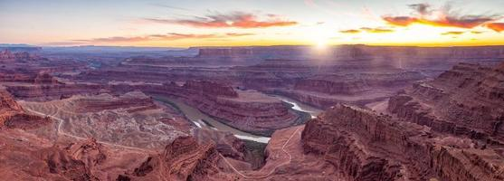 Dead Horse Point State Park nature skyline in Utah photo
